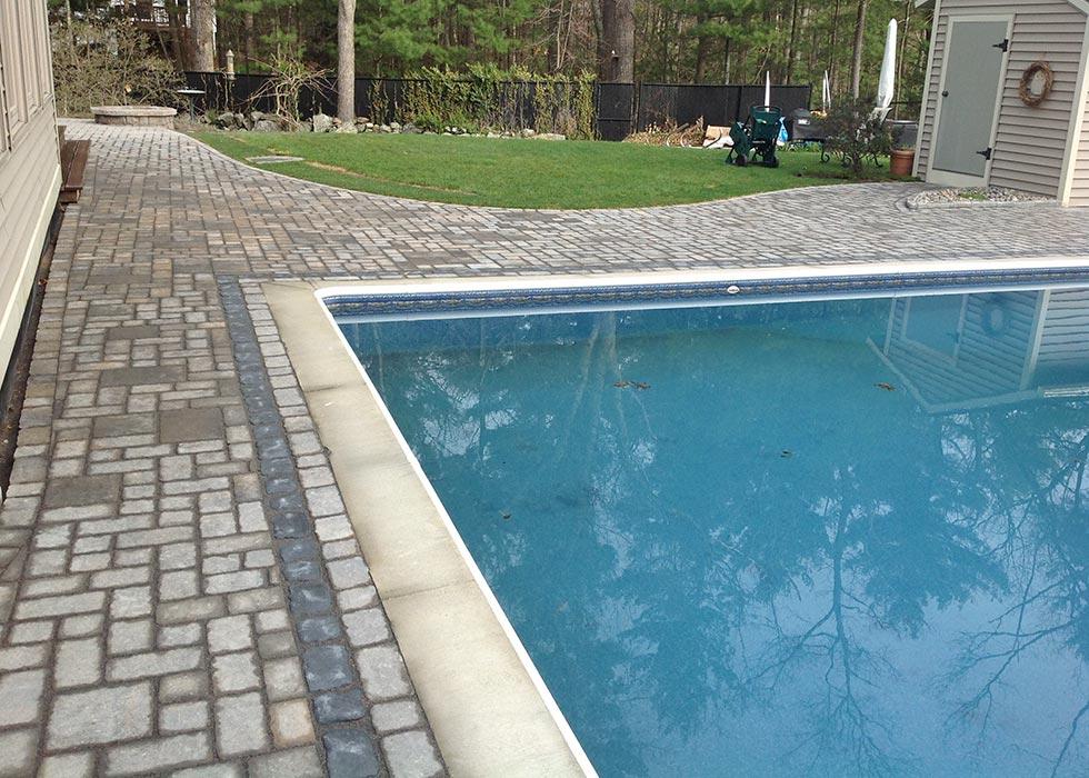 distinctive stoneworks - pool deck